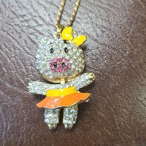 Betsy Johnson pig necklace Betsey